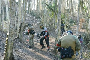 Fort-Brulé-paintball-Dijon-grand-terrain-(40)